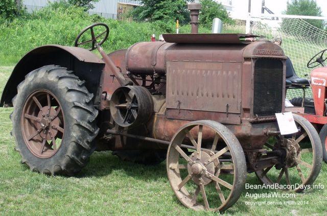 Antique Tractor Steel Wheels : Antique tractor with metal wheels